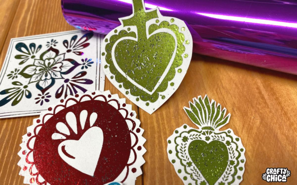 Your guide for easy foil laminating! #craftychica #foillaminating