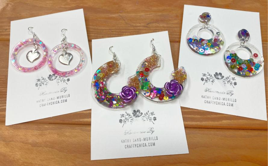 Resin crafts! How to make sparkle collage earrings #craftychica #resincrafts #glitterresin