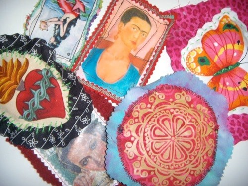 How ot make puffy fabric appliques by Crafty Chica.
