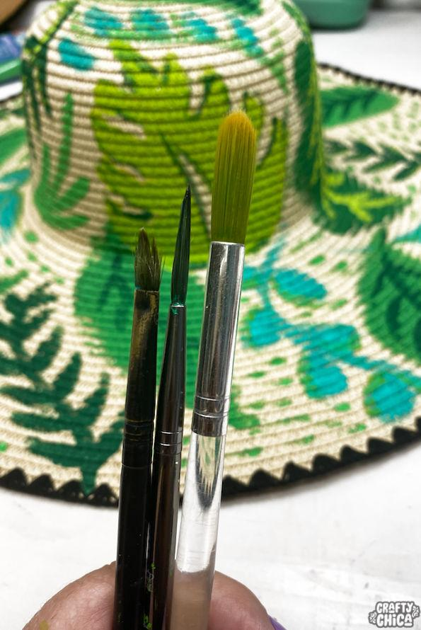 Perfect brushes to use for painting a hat! #craftychica #paintedhats