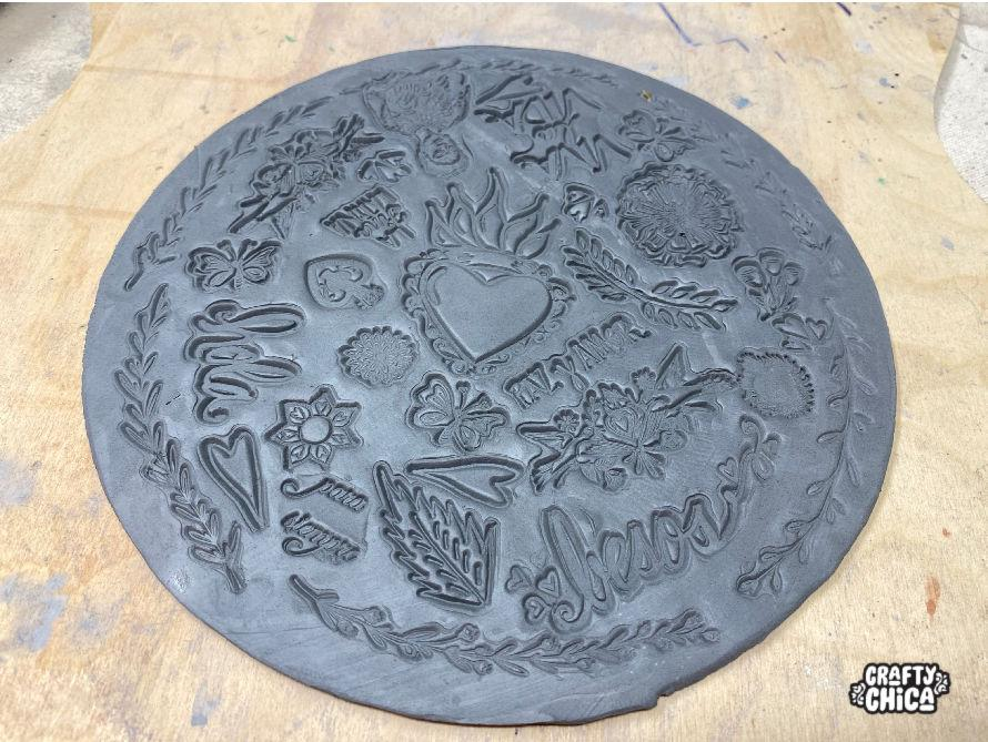 How to make ceramic stamped clay plates! #craftychica #stampedclay #ceramics