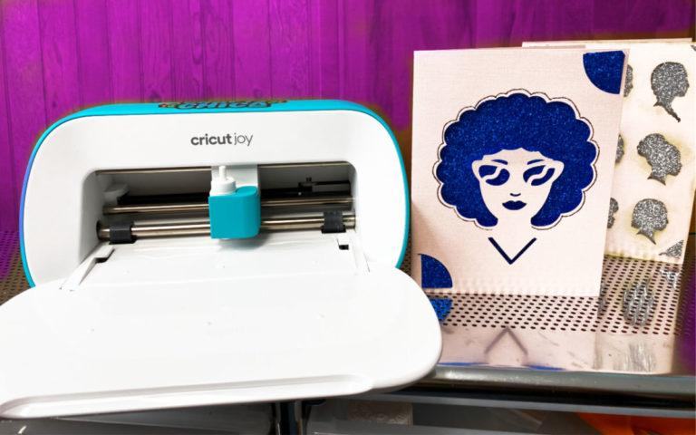 5 reasons you need a Cricut Joy! #craftychica #cricutjoy