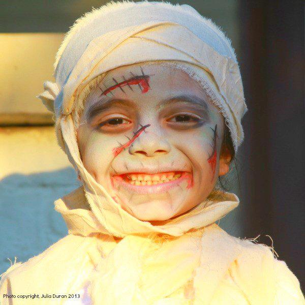 diy-zombie-mummy