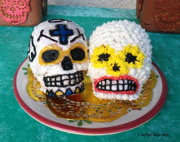 Day of the Dead Skull Cakes