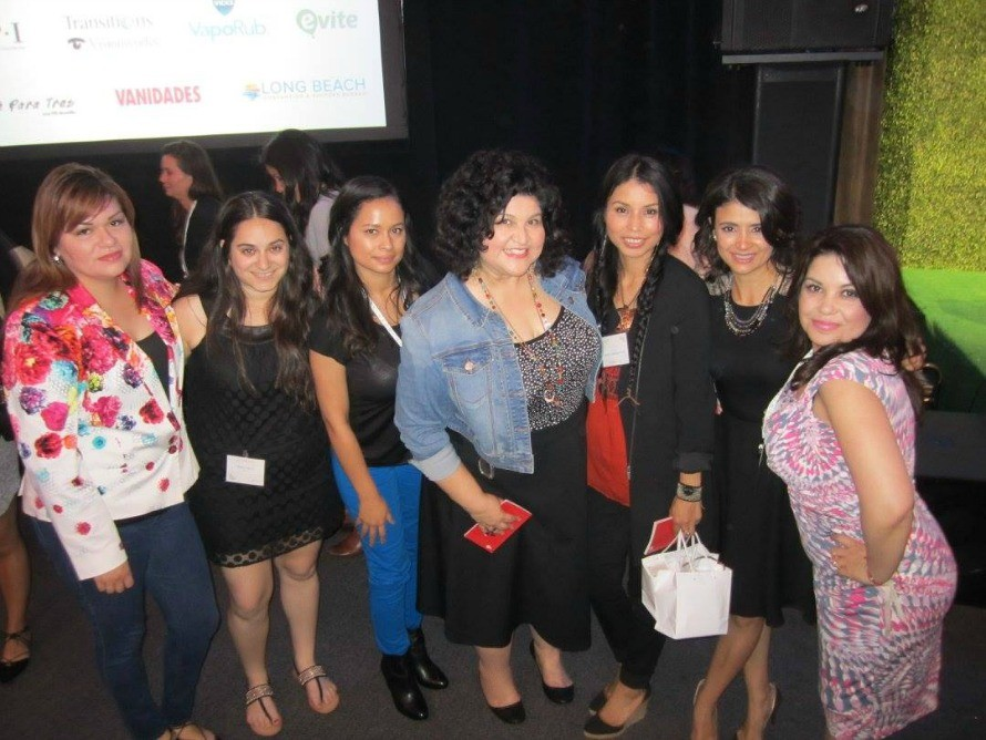 Some of the Phx latino bloggers at We All Grow Summit!
