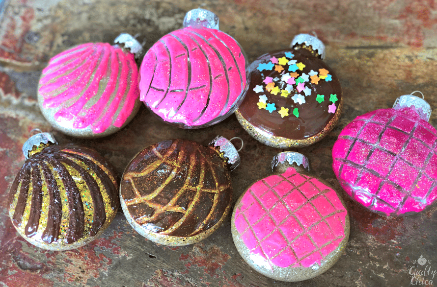 Concha ornaments